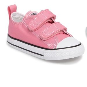 Converse All Star pink baby shoes size 4